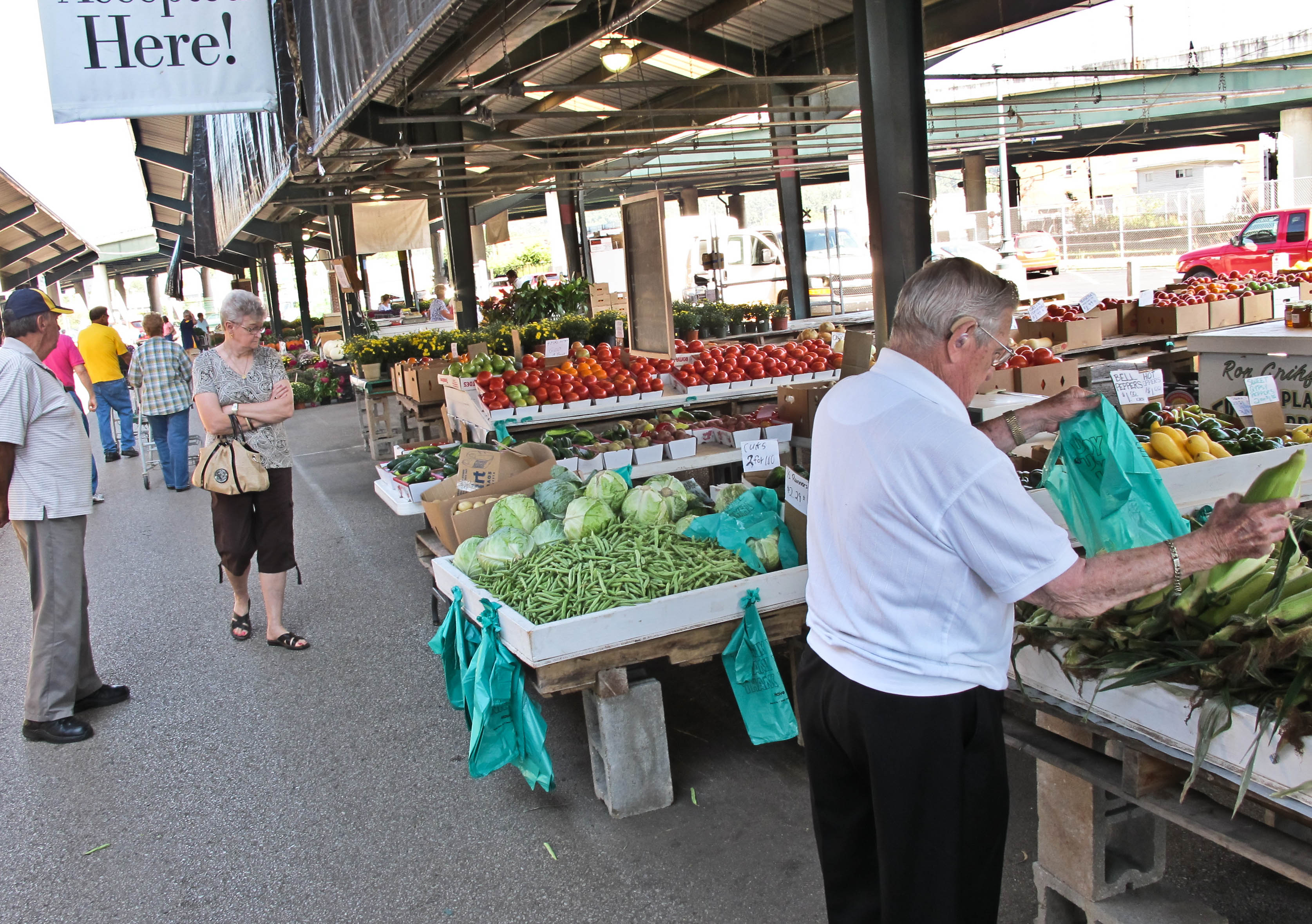 Expand Farmers Markets Try This